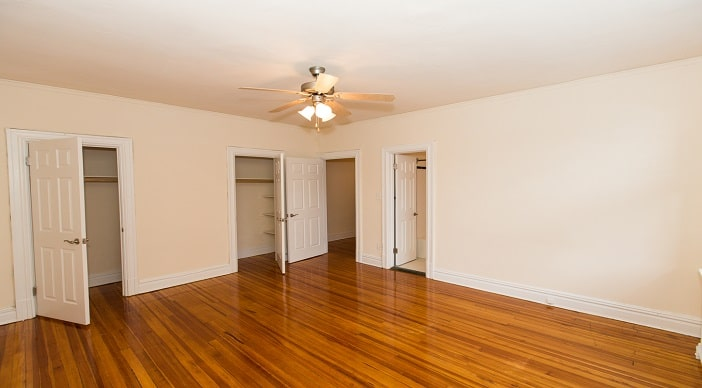 2701 Connecticut Ave: DC Apartments:Bedroom: one bedroom: two bedroom