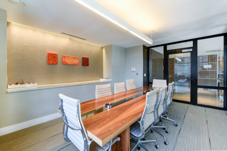 2M-street-apartments-amenity-conference-room-alt-view