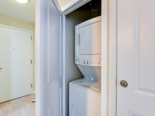 2M-street-apartments-in-unit-washer-and-dryer