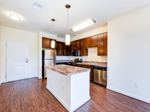 Archer-Park-Apartments-Washington-DC-SE-Kitchen-Island