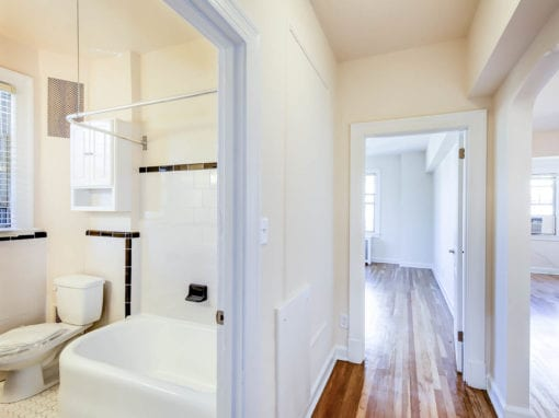 Frontenac-Bathroom-Hallway-Washington-DC-Apartment-Rental